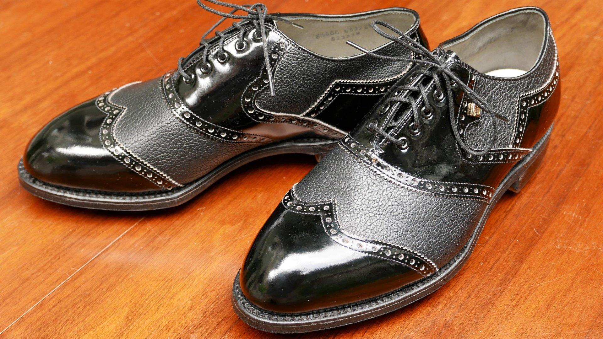 Vintage FootJoy Classics Golf Shoes